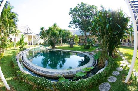 40 metre long pool